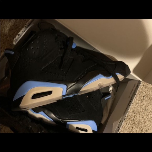 364a4aee212 Jordan Shoes | Mens Size 7 Retro 6 Black And Blue S | Poshmark